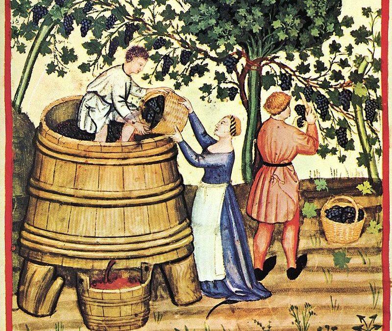 Antique Italian wine press: a symbol of the wine world