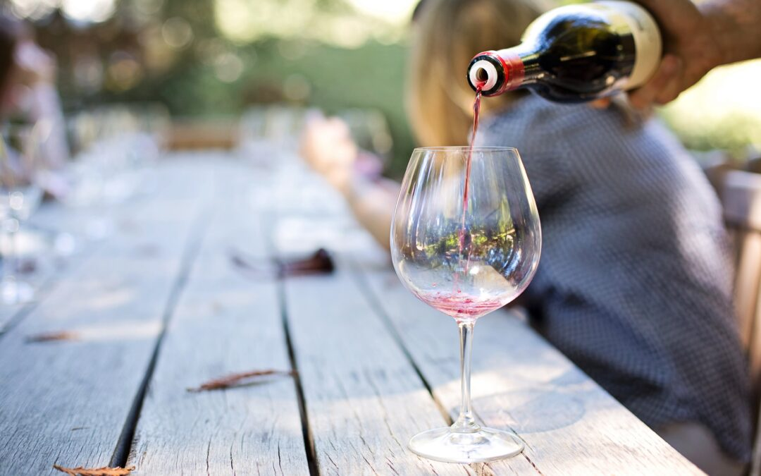 How to measure the alcohol content in wine